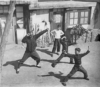 Domácí výuka Kung-fu, 40. léta 20. století